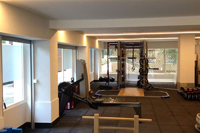 reforma gimnasio DIR up and Down