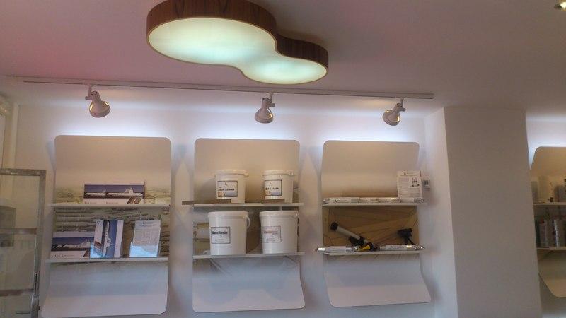 Reforma integral oficinas Teak Solutions, lampara de diseño a medida