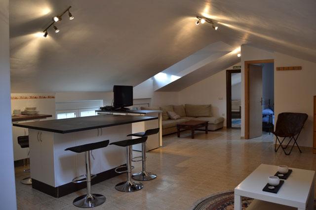 Reforma integral de piso atico, salon cocina