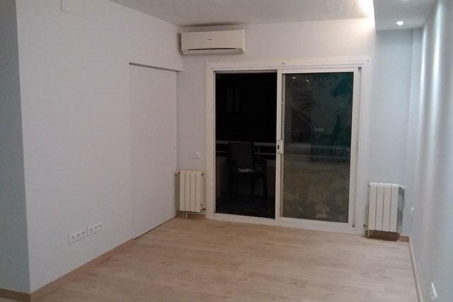 Reforma integral piso en Roger de Flor, en acabados 1
