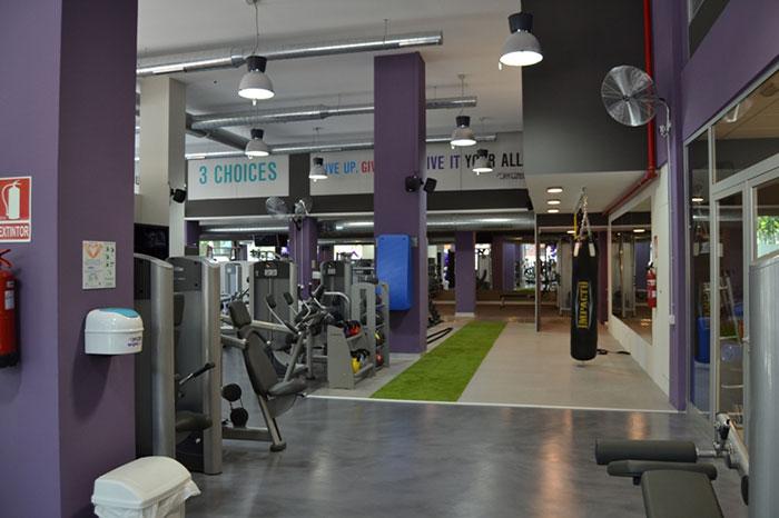 Reforma Gimnasio Anytime fitness Ciutadella