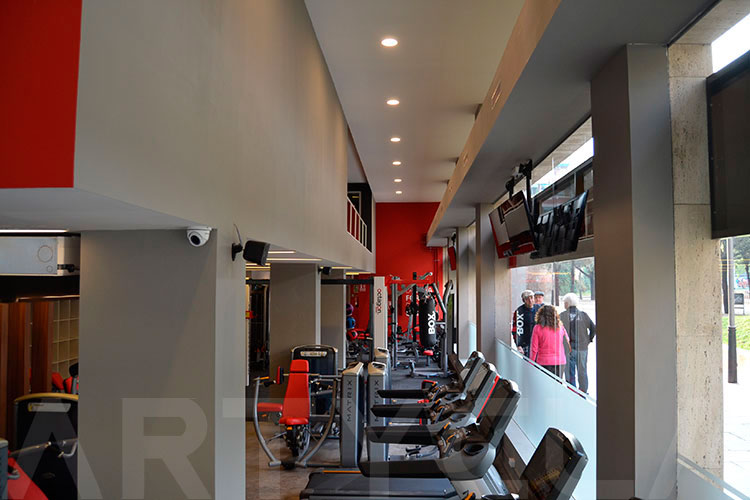 Reforma integral SNAP Fitness Les Cort